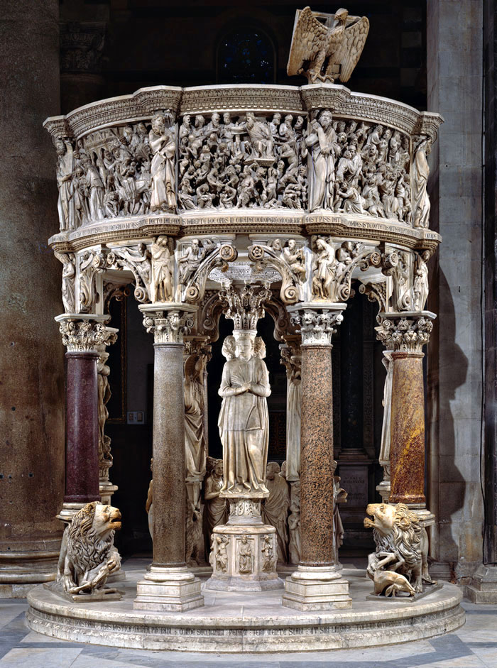 Pulpit by Giovanni Pisano
